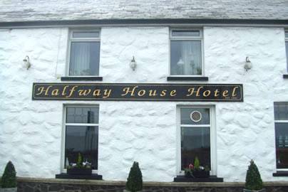 Halfway House Hotel Front Close Up